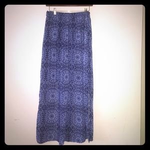 FADED GLORY PATTERNED BLUE MAXI SKIRT